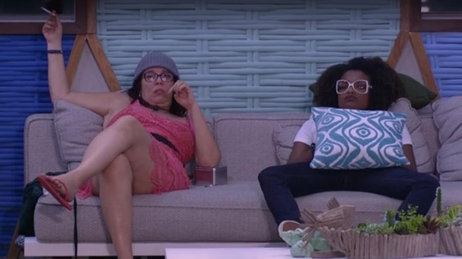 Mara e Nayara conversam sobre paredão  - Reprodução/Tv Globo