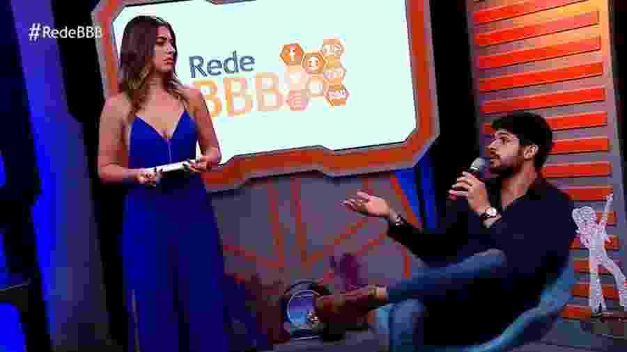 """Vivian Amorim conversa com Lucas no programa """"RedeBBB"""" - Reprodução/Gshow"""