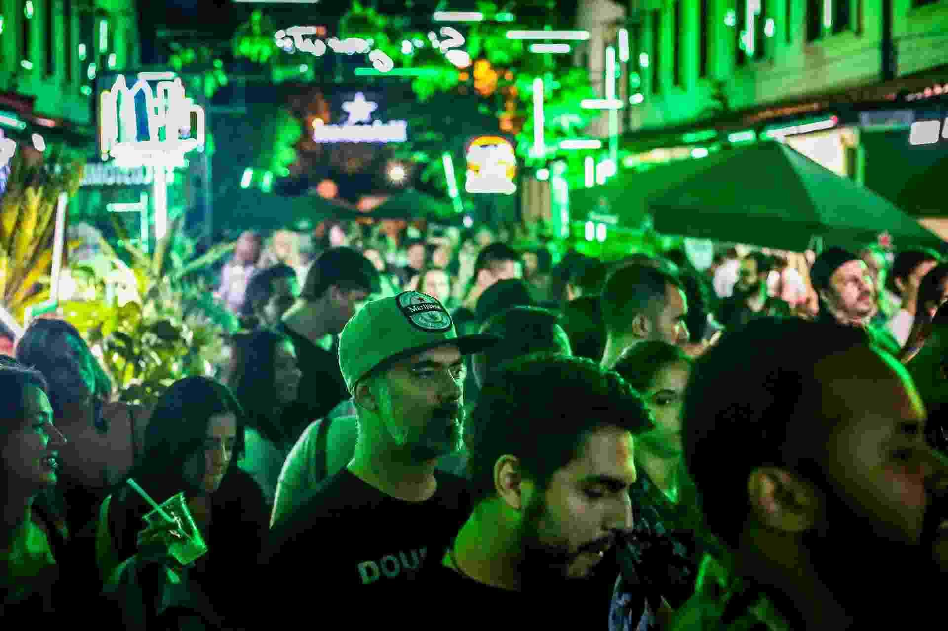 Heineken Block 11/03 - Edson Lopes Jr./UOL
