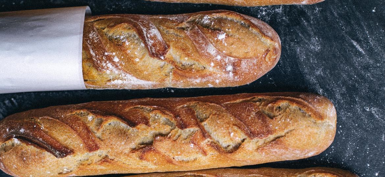 Baguetes da Santo Pão Boulangerie - Thays Bittar / Divulgação