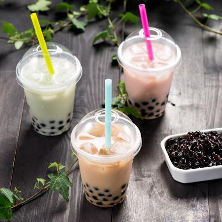 Com base de chá, os bubble teas trazem bolhinhas cheias de sabor - Adobe Stock