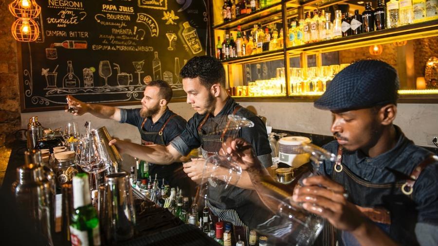 Equipe do Garoa Bar - Sergio Greif / Divulgação