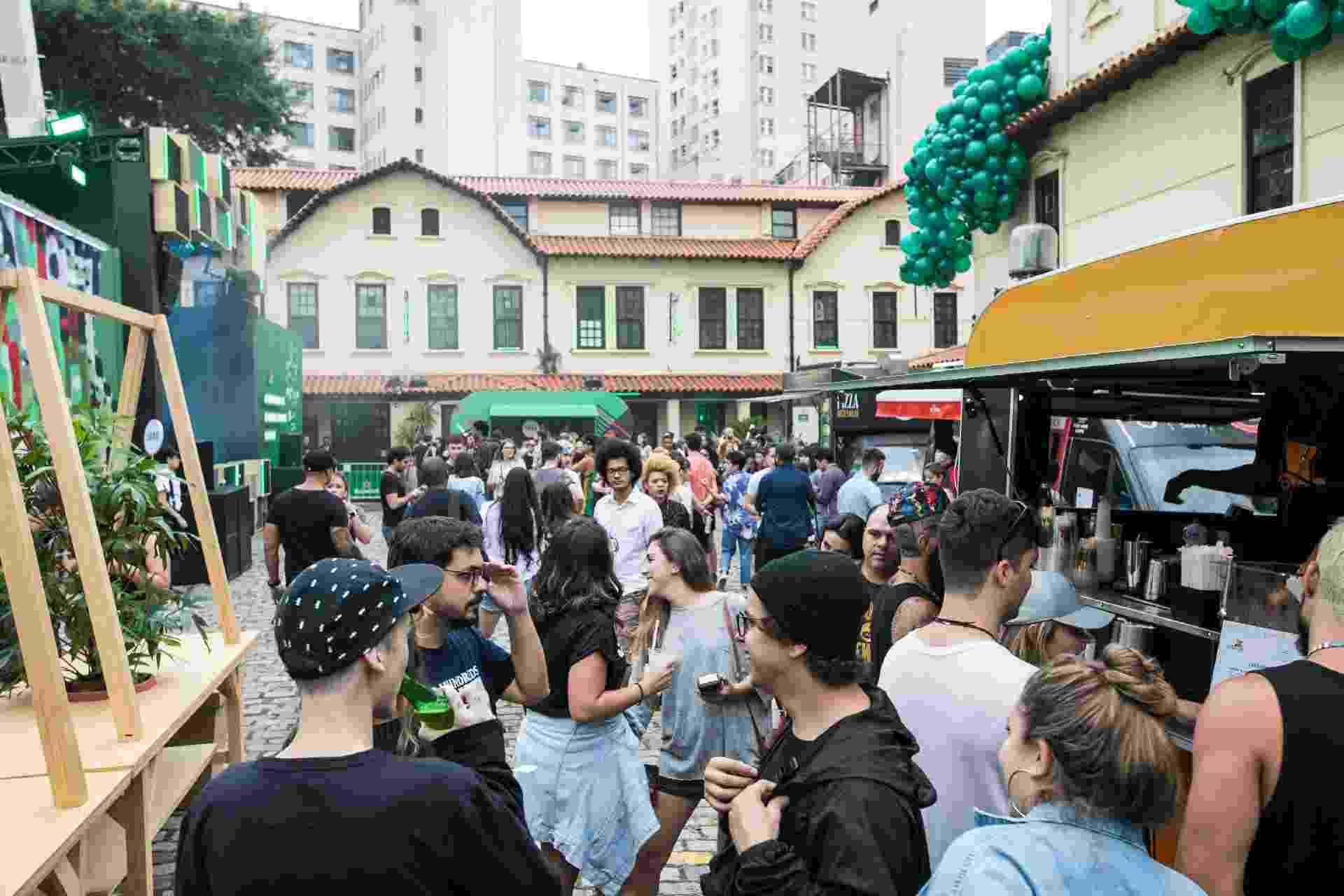 Segundo dia de Heineken Block tem show do Bixiga 70 - Simon Plestenjak/ UOL