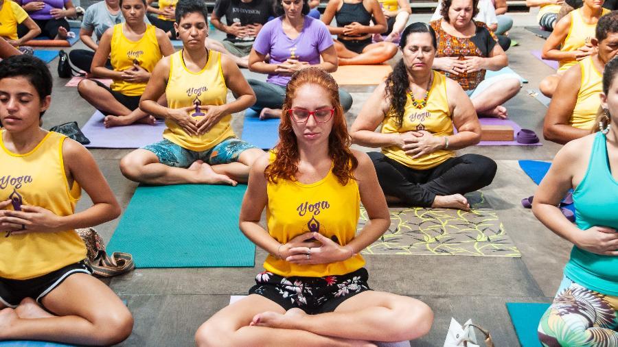 Alunos do Yoga na Maré - Diogo Felix/Divulgação