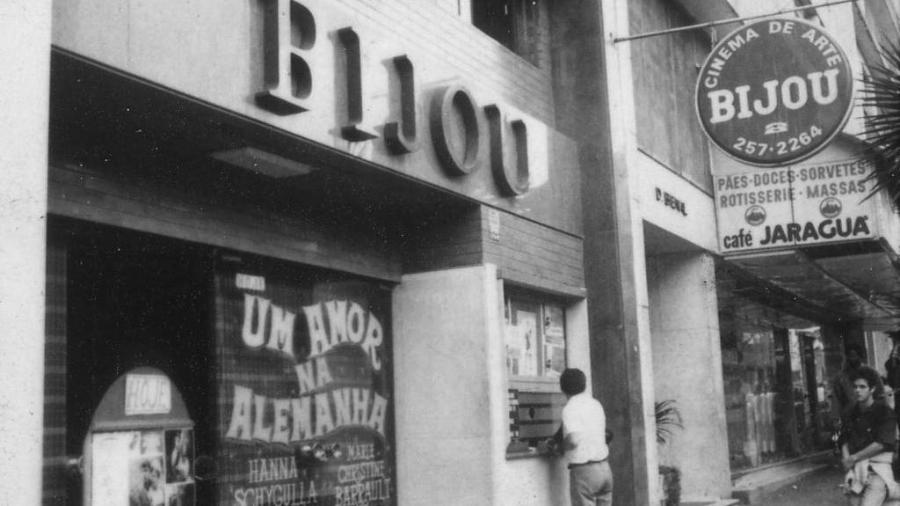 O Cine Bijou, na praça Roosevelt, região central de São Paulo, em 1986  - Homero Sergio/Folhapress
