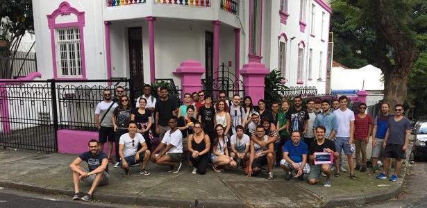 O primeiro tour LGBT do Brasil visita pontos simbólicos da comunidade em São Paulo