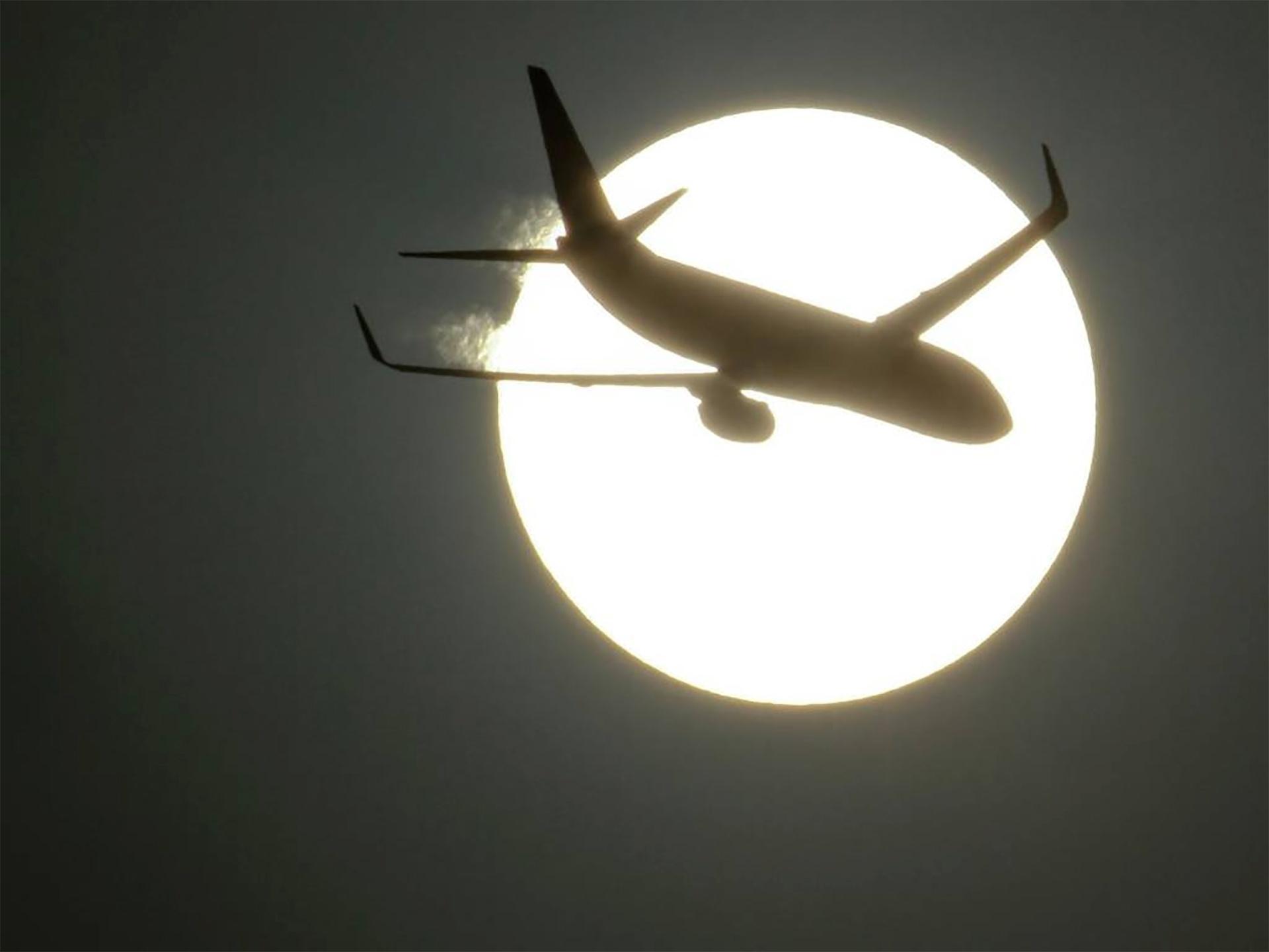 4e50fabc3e1 Tem voo no fim de semana  Fique atento ao fim do horário de verão -  16 02 2019 - UOL Economia