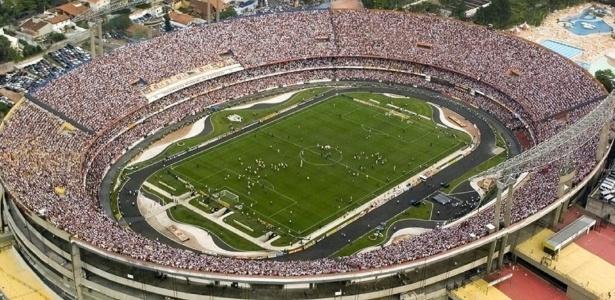 Vista aérea do estádio do Morumbi, que poderia receber o PSG para um jogo amistoso