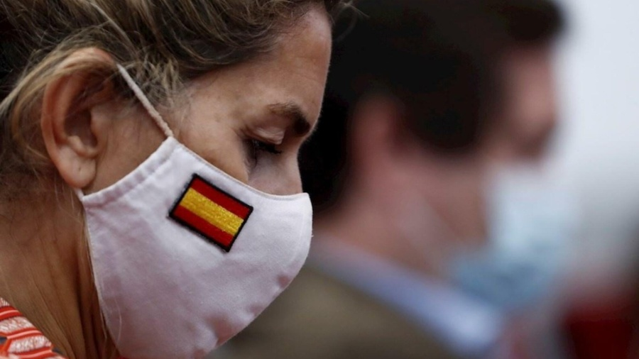 Com melhora na situação da pandemia, Espanha vai dispensar uso de máscara ao ar livre - EFE/Mariscal