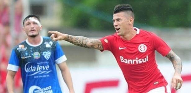 Victor Cuesta é dúvida para encarar o Náutico, no sábado, em Porto Alegre