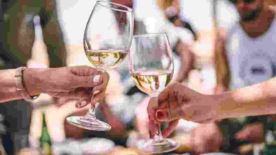 Vinho de verão ideal tem grau alcoólico mais baixo e características refrescantes - Unsplash
