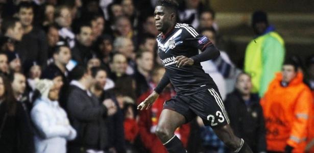 Se aprovado nos testes, Umtiti, de apenas 22 anos, deverá ser oficializado no Barça