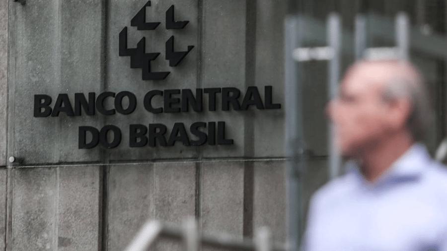 Expectativa de analistas era de um déficit de 24 bilhões de reais para o mês - Por Marcela Ayres