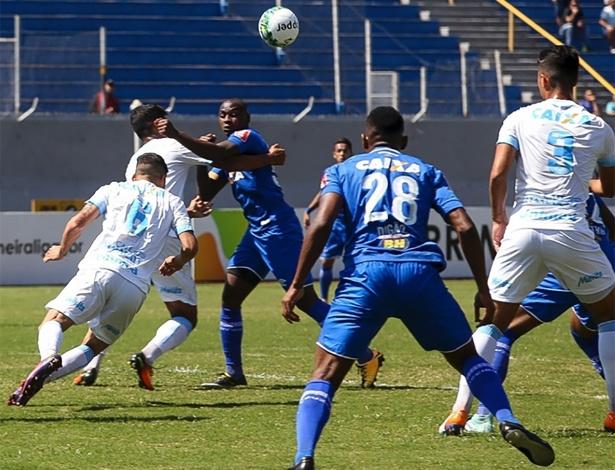 Londrina eliminou o Cruzeiro na semifinal e impediu clássico mineiro na decisão