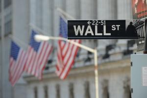 Wall St recua com alta nos rendimentos dos Treasuries alimentando preocupações sobre custos (Foto: Stan Honda/AFP)