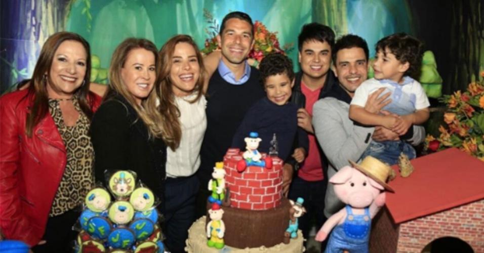 Wanessa reuniu a família para comemorar o aniversário do filho, João Francisco