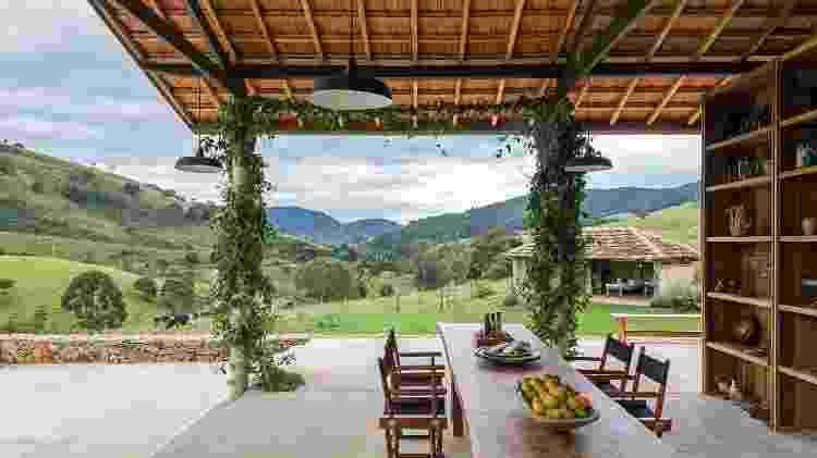 Mesa preparada para a degustação de azeites na Oliq -  Leonardo Finotti/Divulgação
