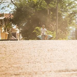Seis meses após queda de barragem, poeira de lama da mineiradora Samarco invade Barra Longa (MG)