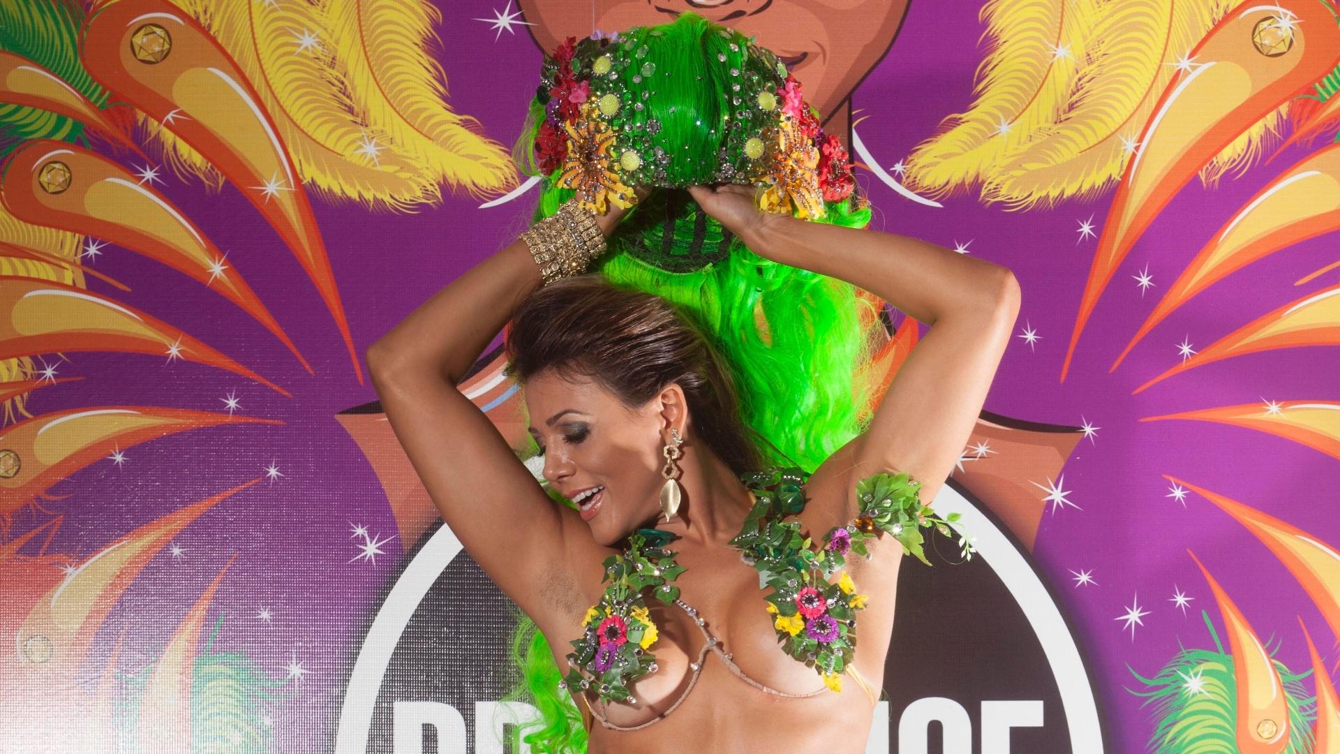 Ex-BBB Fabiana Teixeira será a Eva no desfile da Tom Maior