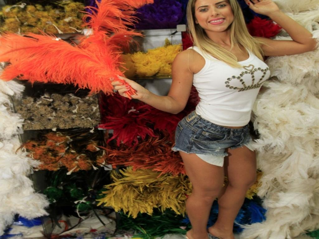 21.jan.2013 Ana Paula Minerato, que é irmã de Tati Minerato, rainha da Gaviões, sairá mais uma vez pela escola alvinegra como destaque de chão, à frente do segundo carro alegórico