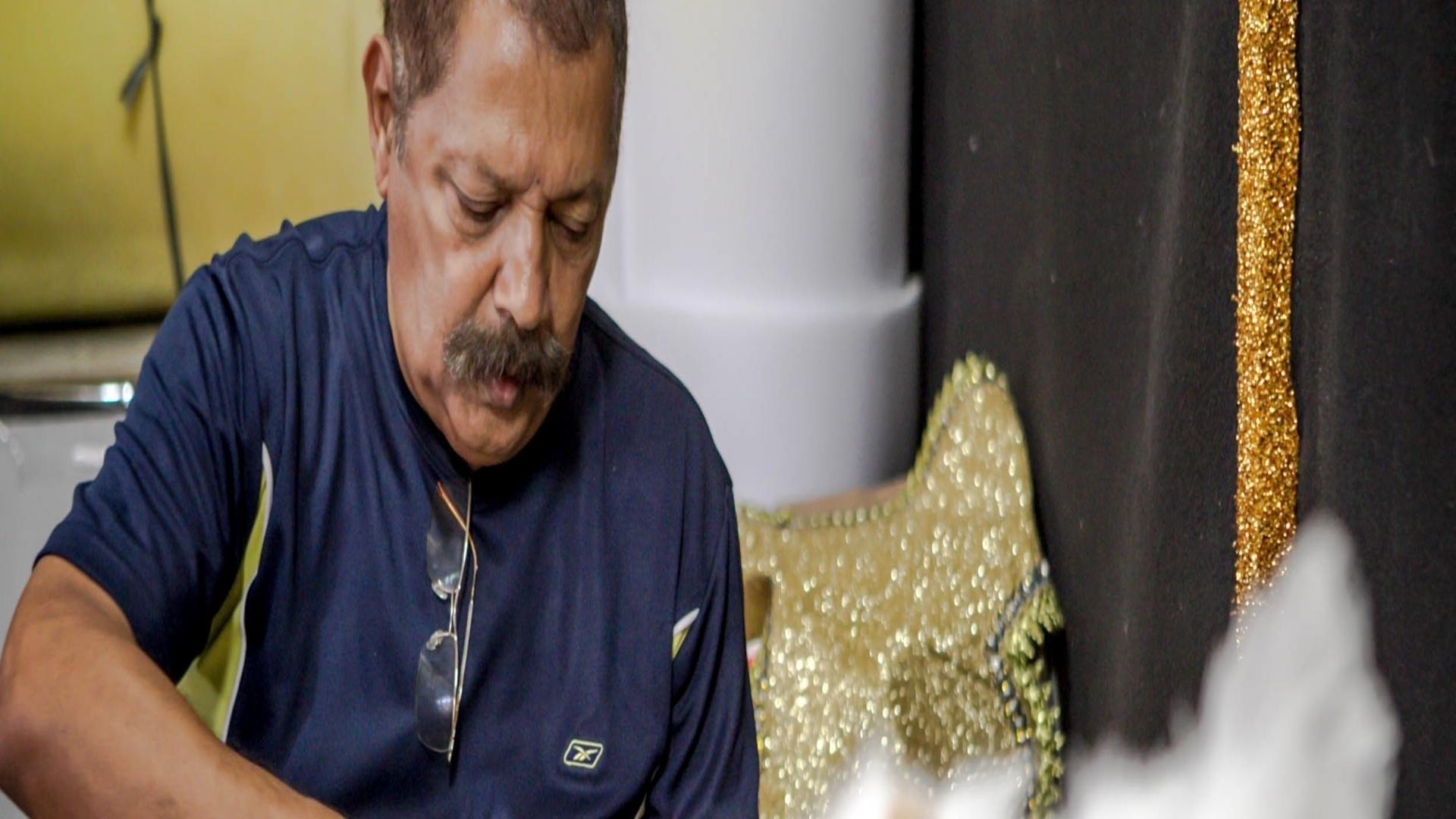 17.jan.2013 Aos 33 anos de carreira, Max Lopes se divide entre o Carnaval do Rio e de SP. Este ano ele está com a Gaviões e com a Viradouro, que está no Grupo de Acesso no Rio