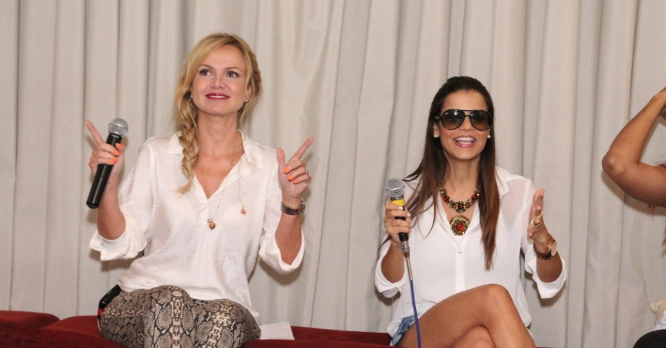 7.fev.2013 Eliana e Mari Antunes do Babado Novo participam de evento de lançamento do Bloco Happy em Salvador