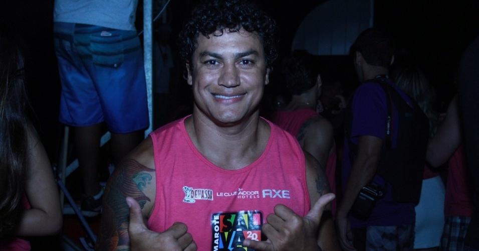 7.fev.2013 - O ex-lutador Popó curte o Carnaval de Salvador