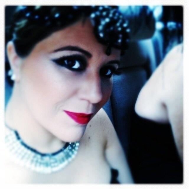 9.fev.2013 - Madrinha do Cordão da Bola Preta, a cantora Maria Rita publicou foto caracterizada para o desfile