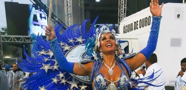 9.Fev.2013 - Milena, rainha da bateria da Águia de Ouro, é mulher do cantor Diogo Nogueira e nora do sambista João Nogueira, homenageado pela escola