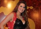 """""""Já tropecei várias vezes"""", diz Lívia Andrade sobre sambar na chuva - AG News"""