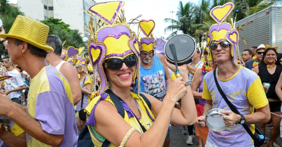 10.fev.2013 - Folionas se divertem no bloco Simpatia é Quase Amor