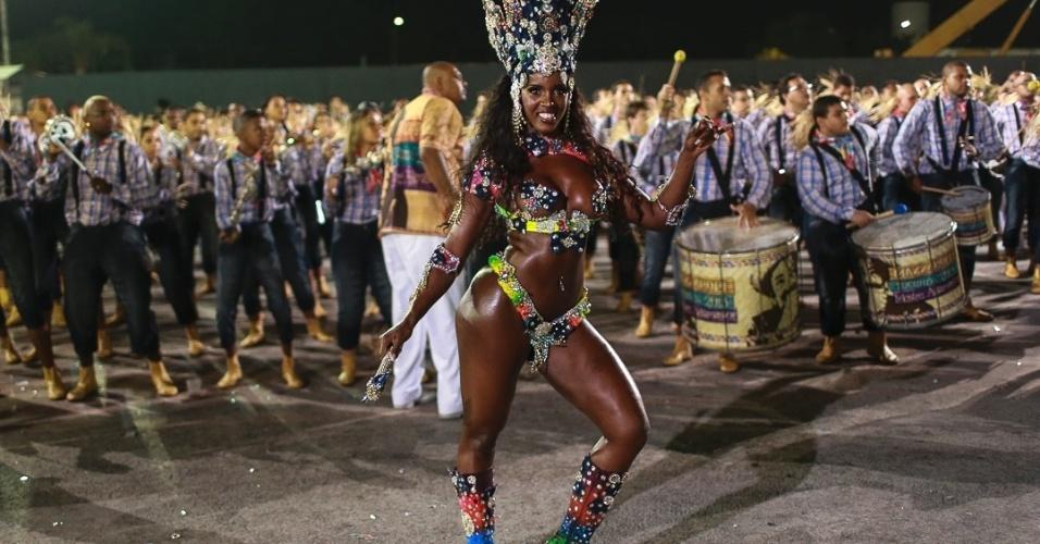 10.fev.2013 - O Grêmio Recreativo Cultural Social Escola de Samba Acadêmicos do Tucuruvi foi fundado em 1976 na zona norte de São Paulo