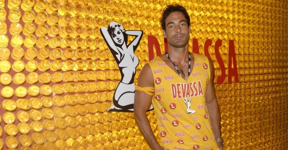11.fev.2013 - Jeremy Jonathan Zendwick, ator da série Sex And The City, chega ao Camarote Devassa