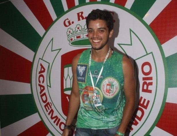 11.fev.2013 - O ator Rodrigo Simas, que irá desfilar pela Grande Rio, prestigiou o camarote da escola; ontem ele esteve no Carnaval de Florianópolis