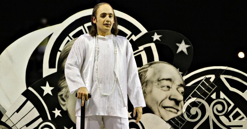 11.fev.2013 - União da Ilha homenageia Vinícius de Moraes na Sapucaí com o enredo