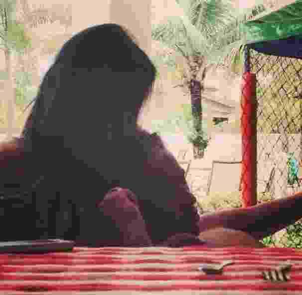 12.fev.2013 - A atriz Bruna Marquezine aparece em foto romântica ao lado do jogador de futebol Neymar. Os dois assumiram o namoro durante o Carnaval - Reprodução/Instagram