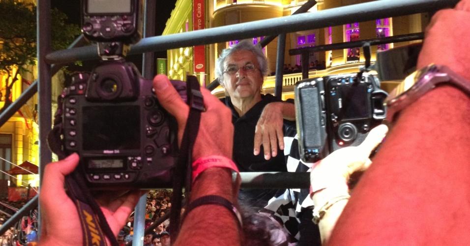 12.fev.2013 - Caetano Veloso é fotografado em show no Marco Zero, em Recife