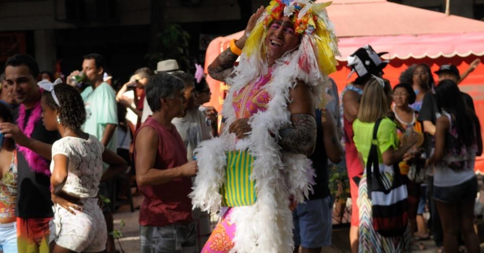 12.fev.2013 - Foliões desfilam pelo Bloco das Quengas durante a terça de Carnaval no Rio de Janeiro
