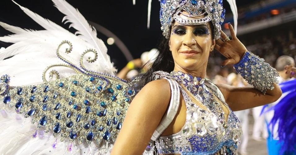 15.fev.2013 - Águia de Ouro se apresenta no desfile das campeãs no Sambódromo de São Paulo