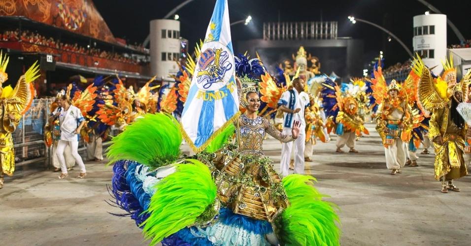 15.fev.2013 - Império de Casa Verde se apresenta no desfile das campeãs no Sambódromo de São Paulo