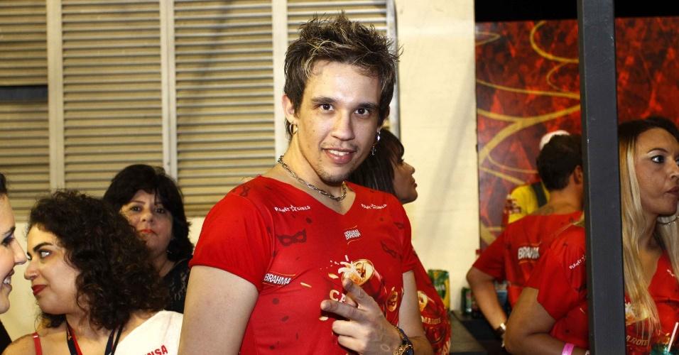 15.fev.2013 - Kiko do KLB no Camarote Brahma no desfile das campeãs do Carnaval de São Paulo, no Sambódromo do Anhembi