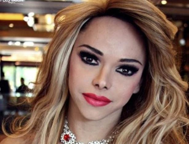 Leo Aquilla, drag-queen
