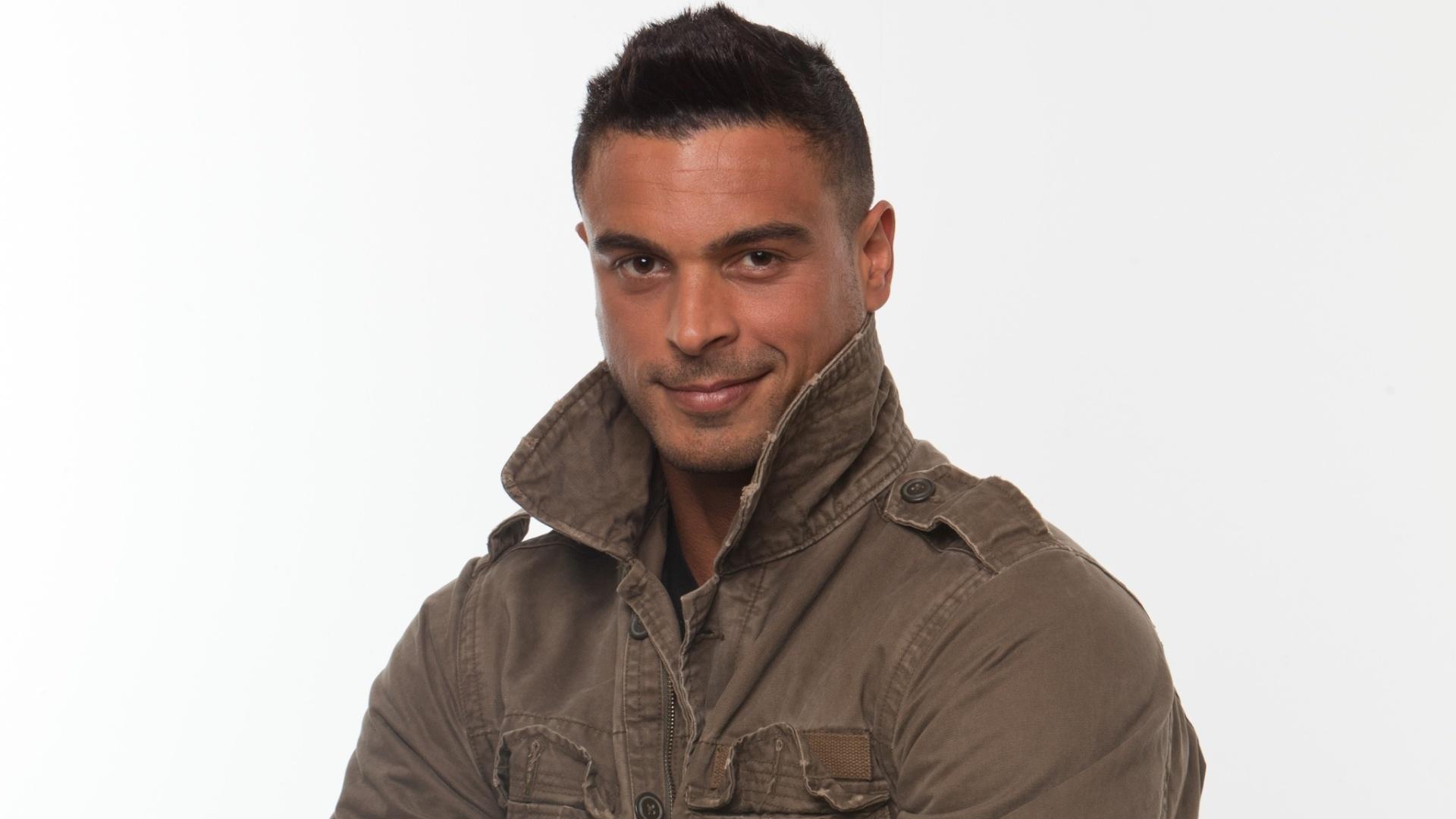 Gustavo Salyer, ator e modelo solteiro de 35 anos, tem fama de namorador e mora em Los Angeles, EUA