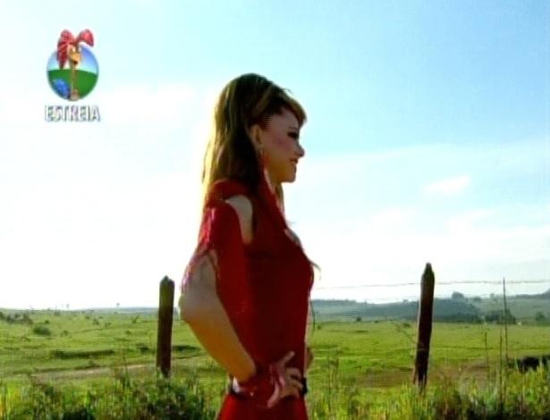 Jadson de Lima, mais conhecido como a Drag Queen Léo Áquilla chega ao reality (29/5/12)