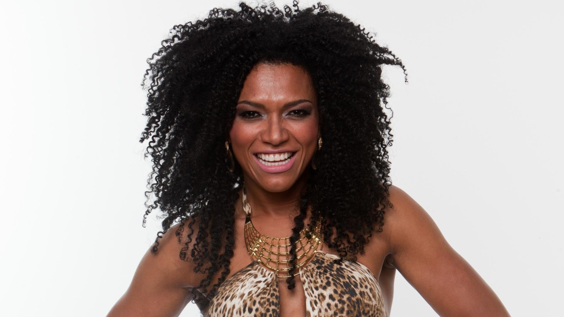 Simone Sampaio, 34, é ex-assistente de palco do programa do Raul Gil e também foi musa do Carnaval paulistano