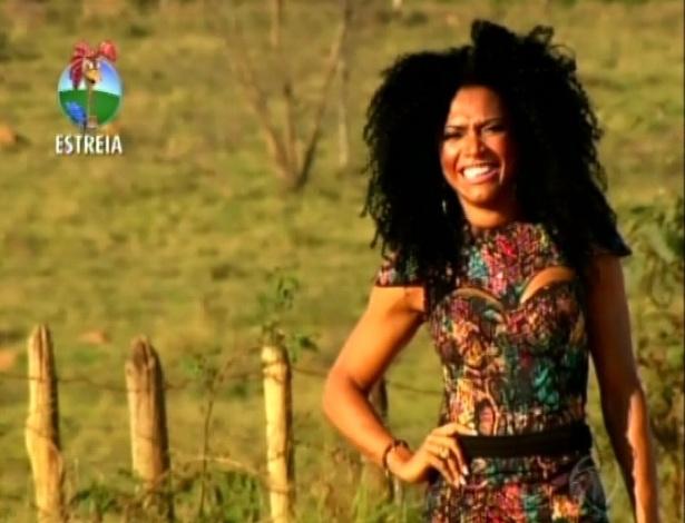 Simone Sampaio, eleita Rainha das rainhas do Carnaval de São Paulo chega à Fazenda (29/5/12)