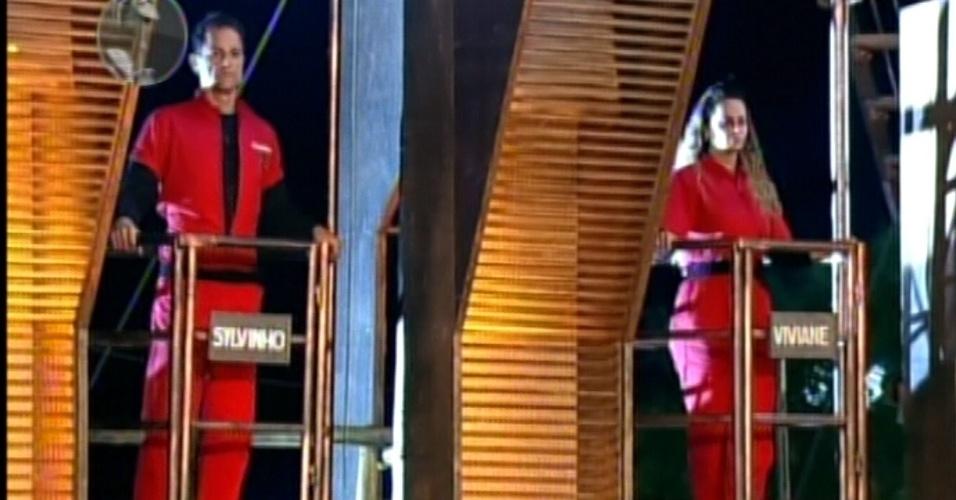 Sylvinho Blau Blau e Viviane Araújo continuam no celeiro e correm risco de serem eliminados (30/5/12)