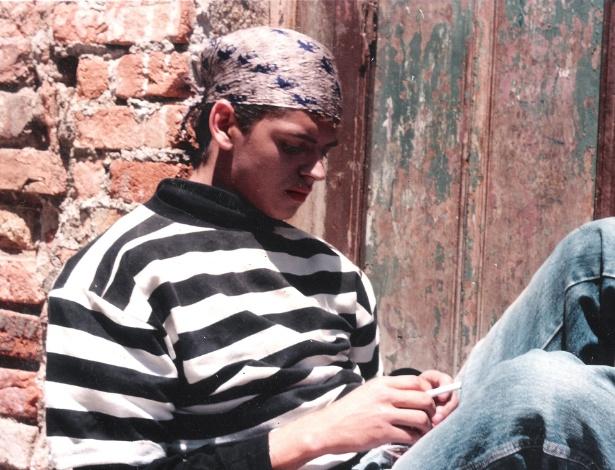 Léo Áquilla aos 18 anos, quando teve que fugir de do Capão Redondo (SP) após ter sido apedrejado (2/6/12)