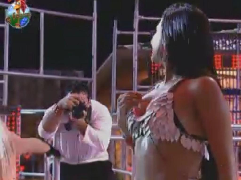 Shayenne Cesário é fotogafada por Rodrigo Capella na primeira festa de