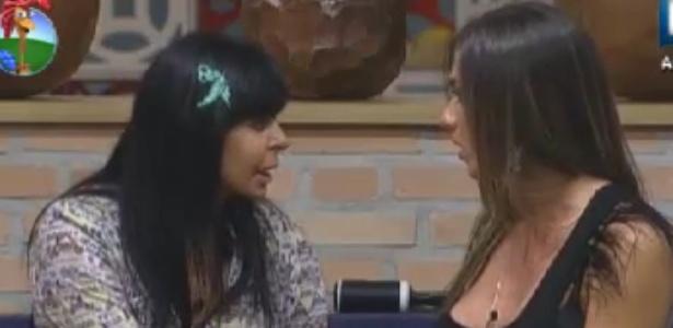 """Nicole Bahls diz para Gretchen que não fará """"boa vizinhança"""" com peões do celeiro (2/6/12)"""